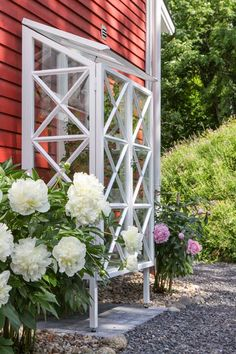 Landscaping Places Near Me Greenhouse Shed, Greenhouse Gardening, Veg Garden, Home And Garden, What Is A Conservatory, Garden Structures, Cool Landscapes, Glass House, Dream Garden