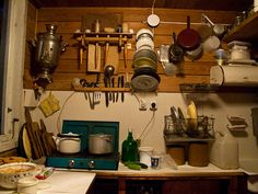 Russian dacha kitchen by Rolling Tales, via Flickr