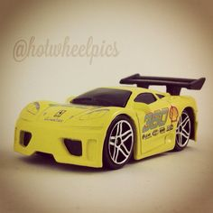 39 tooned lamborghini countach 2004 hot wheels first editions hotwheel. Black Bedroom Furniture Sets. Home Design Ideas