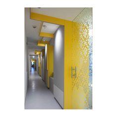 Consultorio de dentista de Karhard Architektur + Design en Charlottenburg, Alemania
