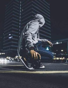 12 Ideas Artistic Photos Creative Photography Men For 2020 Advanced Photography, Portrait Photography Men, Photography Poses For Men, Quotes About Photography, Night Photography, Urban Fashion Photography, Street Photography, Photoshop For Photographers, Photoshop Photography
