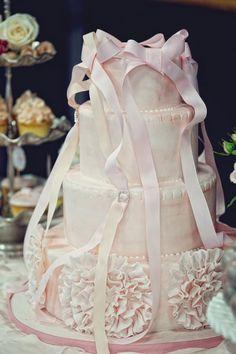 ballerina birthday party. beautiful cake.
