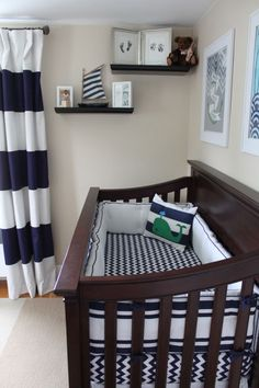 Love the combo of stripes and zig zags in this nautical baby boy nursery. Love the combo of stripes and zig zags in this nautical baby boy nursery. Baby Bedroom, Baby Boy Rooms, Baby Room Decor, Baby Boy Nurseries, Nursery Room, Baby Boys, Kids Bedroom, Bedroom Sets, Nautical Nursery Decor