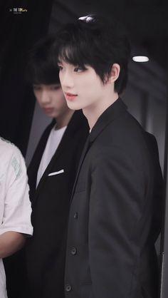 Korean Boys Ulzzang, Cute Korean Boys, Ulzzang Korea, Ulzzang Boy, Cute Boys, Handsome Anime Guys, Handsome Boys, Asian Kids, Chinese Boy