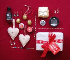 Some lovely stocking fillers for your loved ones. All up for grabs at the White Christmas Fair from Lush and Tawny Blue