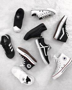 sneakers coloring pages Sock Shoes, Vans Shoes, Cute Shoes, Me Too Shoes, Shoe Boots, Shoes Heels, Shoes Sneakers, Sneakers Fashion, Fashion Shoes