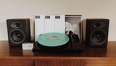 Vinyl Me, Please   3 Beginner HiFi Vinyl Setups Under $1000 «
