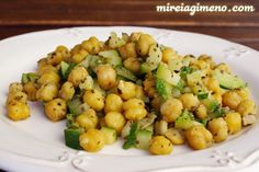 Garbanzos con calabacín y orégano. Healthy Diet Recipes, Veggie Recipes, Baby Food Recipes, Healthy Eating, Cooking Recipes, Healthy Food, Vegetarian Menu, Mediterranean Recipes, Food To Make