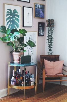 Low Budget Home Decoration Ideas Bohemian Living Rooms, Chic Living Room, Interior Design Living Room, Home And Living, Living Room Decor, Interior Decorating, Decorating Tips, Cosy Living, Living Room Accessories