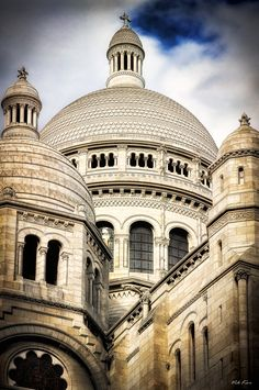 The Basilica of the Sacred Heart of Paris by Viktor Korostynski, via 500px