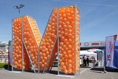 migros m voller ballone jubilaeum 01