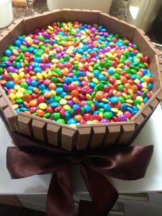 Bolo de chocolate com recheio de doce de leite #kitkat #chocolate #cake #sweetsugardream #bth #niver #party
