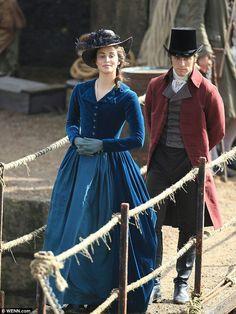 Elizabeth Poldark and George Warleggan in Poldark series 2