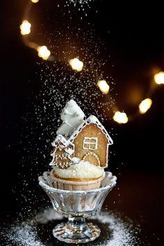Winter village cupcakes