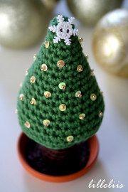 1500 Free Amigurumi Patterns: Christmas Tree Crochet Pattern