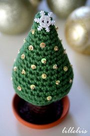 1500 Free Amigurumi Patterns: Christmas Tree Crochet Pattern