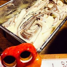 Putting mixed dough into the mold! #mizumushikun #marmorkuchen #cake #bake #baking #cooking #food #foodie #sweets #yummy #nomnom