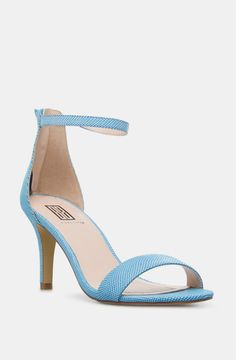 Shoedazzle - so feminine and love the color!
