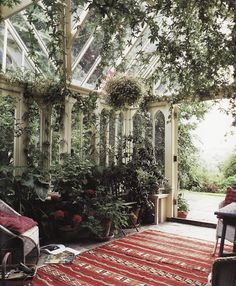 Check out the Moroccan flatweave (kilim) used in this conservatory. Jackum Brown. See more Morocan rugs at www.redthreadsouk.com