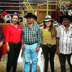 Alcaldesa Diana Marcela Rodriguez Suarez presente en las actividades de la ferias y fiestas #MedinaCundinamarca 2016