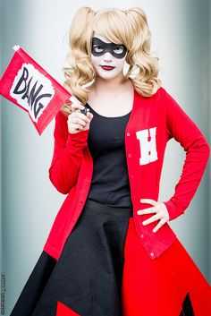 Quinn at 2015 Wondercon Dc Cosplay, Harley Quinn Cosplay, Joker Cosplay, Joker And Harley Quinn, Cosplay Girls, Cosplay Ideas, Cool Costumes, Halloween Costumes, Harely Quinn