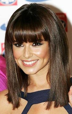 Cheryl Cole was born in Newcastle, England. Cheryl Cole is a British pop star. She rose to fame as a member of Girls. Celebrity Hairstyles, Hairstyles With Bangs, Straight Hairstyles, Pretty Hairstyles, Black Hairstyles, Crazy Hairstyles, Hairstyle Ideas, Hairstyle Tutorials, Glamorous Hairstyles