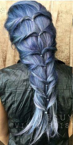 Love this dyed hair color style @vividartistichairdesign