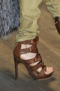 Cute.... Michael Kors heels ♡