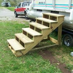 Self Standing Staircase: 7 Steps (with Pictures) Wooden Pool, Wooden Stairs, Deck Steps, Porch Steps, Pac Piscine, Wooden Steps Outdoor, Trampoline Steps, Mobile Home Steps, Above Ground Pool Steps