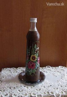Veľkonočný čokoládový likér (fotorecept) Destiel, Rum, Smoothies, Drinks, Bottle, Home Decor, Smoothie, Drinking, Beverages