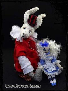 White rabbit By tarabueva lena - Bear Pile