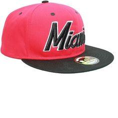 new styles 6b28e 0312e RED BLACK MIAMI SNAPBACK FLAT PEAK CAP SUPER COOL RETRO LOOK  Amazon.co.uk   Shoes   Bags