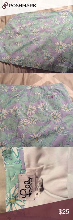 Lilly Pulitzer cotton lined skirt Purple and green summery print of lobsters and daisies. So cute. Lilly Pulitzer Skirts