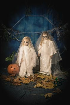 Scary Sister Ghosts for Halloween.  Easy DIY Ghost costume. upcycled.  Photo By Jennifer Dodd Photography