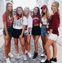 yes this game day outfit ideas is exactly what i wanted College Football Games, College Game Days, Florida Gators, Fall Outfits, Cute Outfits, Party Outfits, Outfit Winter, Tailgate Outfit, Tailgating Outfits
