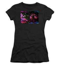 Textile Tapestry, Black Image, Red Purple, Branded T Shirts, Pink Roses, Athletic, T Shirts For Women, Stylish, Mens Tops
