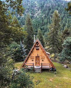 A Frame Cabin, A Frame House, Cabin Homes, Log Homes, Cabin In The Woods, Little Cabin, Forest House, Cabins And Cottages, Cozy Cabin