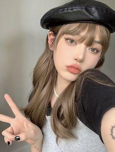Dope Makeup, Makeup Looks, Girl Inspiration, Makeup Inspiration, Scarf Wearing Styles, Ulzzang Makeup, Makeup Makeover, Cute Korean Girl, Cute Girl Face