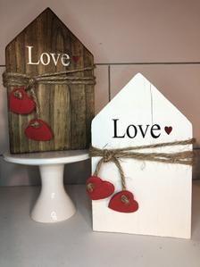 Scrap Wood Crafts, Wood Block Crafts, Diy Crafts, Valentines Day Decorations, Valentine Day Crafts, Holiday Crafts, Valentines Design, Handmade Home, Dollar Tree Crafts