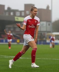 Female Football Player, Football Icon, Football Girls, Arsenal Football, Arsenal Fc, Arsenal Ladies, Dutch Women, Soccer Inspiration, Soccer Pictures