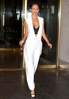 Love this white and black jumpsuit look