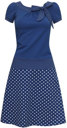 dots allover Kleid Elise dots allover Dress Elise – ungiko – clothes to fall in love with!Best Sewing Dress Patterns For Women Shape 41 IdeasUnique prom dresses with hottest - Fashion African Attire, African Fashion Dresses, African Dress, Elegant Dresses, Cute Dresses, Casual Dresses, Sewing Dresses For Women, Dress Sewing, Shweshwe Dresses