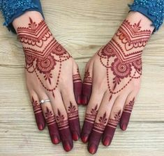 New and Trendy Bridal Mehndi designs that will rule hearts! -You can find Mehndi and more on our website.New and Trendy Bridal Mehndi designs that will rule hearts! Finger Henna Designs, Henna Tattoo Designs Simple, Mehndi Designs Book, Mehndi Design Pictures, Modern Mehndi Designs, Wedding Mehndi Designs, Beautiful Mehndi Design, Simple Henna, Easy Henna