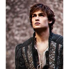 Douglas Booth romeo ❤ liked on Polyvore featuring douglas booth, image and people
