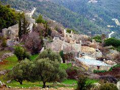 ο παλιός οικισμός των Ρεκατσινάτων