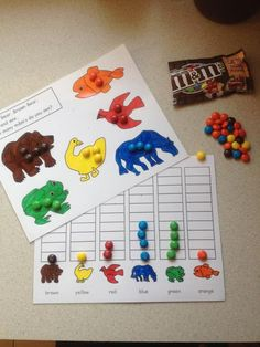 Brown Bear, Brown Bear printable activity-Great counting/color recognition activity - EDITED to link to printable Preschool Colors, Teaching Colors, Preschool Literacy, Kindergarten Math, Teaching Math, Color Activities, Learning Activities, Toddler Activities, Brown Bear Activities
