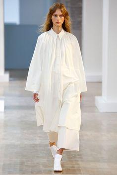 2016春夏プレタポルテコレクション - ルメール(LEMAIRE)ランウェイ|コレクション(ファッションショー)|VOGUE JAPAN