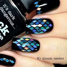Decoración de uñas con negro - Black nail art