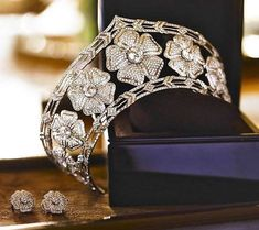 Solid 925 sterling silver Round Flower Style necklace Stud Earring Wedding Set* #NIKI #Collar