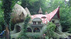 Vyzerajú ako z rozprávky, ale sú to skutočné domy. Ktorý by sa páčil vám?